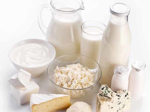 <p> Sữa rất tốt cho sức khỏe nhưng khi tiêu thụ số lượng nhiều có thể gây mụn trứng cá.</p>