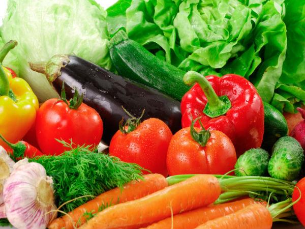 <p> Nên ăn chay, lựa chọn các loại rau quả giàu protein, ít calo.</p>