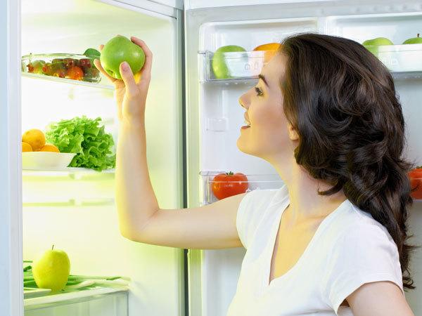 <p> Đừng bao giờ ăn đêm, nó sẽ phá vỡ quá trình giảm cân của bạn.</p>
