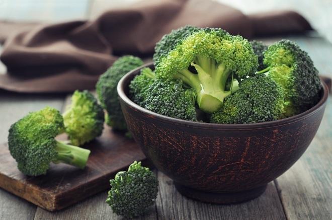 """<p> Giàu kali và các chất chống oxy hóa song một số loại rau như súp lơ, súp lơ xanh, bắp cải... chứa lưu huỳnh là nguyên nhân gây ra mùi cơ thể khó chịu, hơi thở không thơm tho và ... """"xì hơi"""".</p>"""