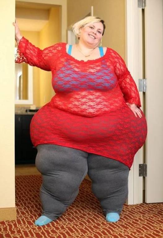 """<p class=""""Normal""""> Theo <em>Health Sina</em>,<span>Westley có</span><span>trọng lượng cơ thể xấp xỉ 222 kg, riêng mỗi bên đùi nặng đến 63 kg.</span></p>"""