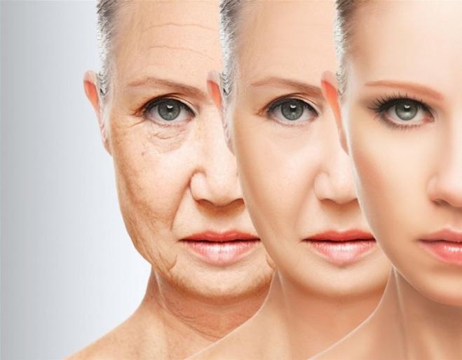 Bước sang tuổi 25 làn da phụ nữ có xu hướng lão hóa nhanh và nhiều hơn nam giới.