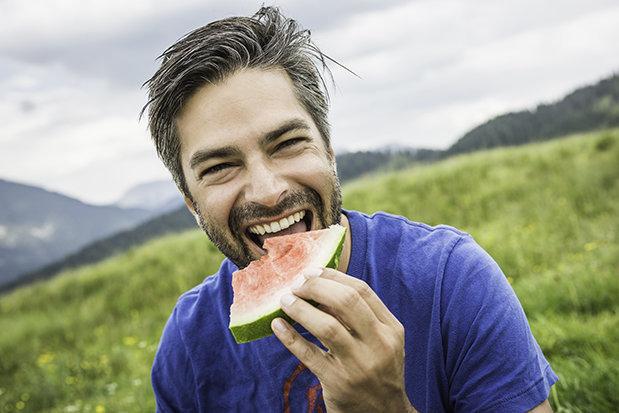 Nam giới chọn dưa hấu để tăng cường độ nam tính.