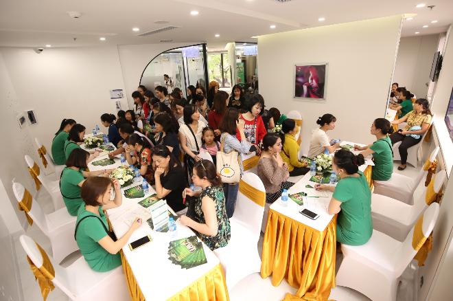 Sau khi tìm hiểu dịch vụ và được tư vấn cụ thể,nhiều khách hàng đã đăng ký, sử dụng dịch vụ tại Thu Cúc Mega Beauty Center.
