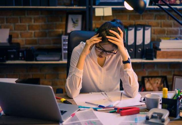 Cách giảm căng thẳng, mệt mỏi cho dân văn phòng