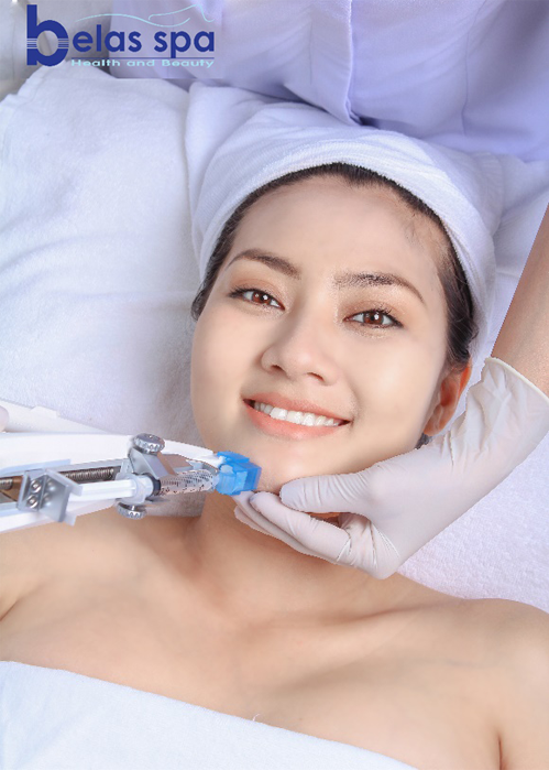 Diễn viên Ngọc Lan sử dụng liệu trình MulGwang căng bóng da tại Belas.