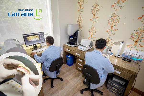 Quy trình làm răng sứ phải đảm bảo chất lượng.