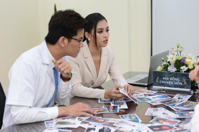 Hoa hậu Tiểu Vy cảm thấy may mắn được trao vé phẫu thuật thẩm mỹ - 4