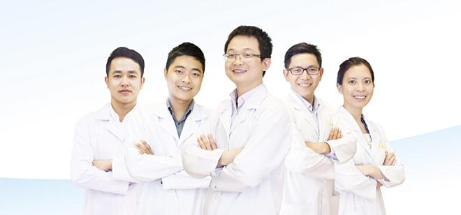 Đội ngũ bác sĩ trình độ chuyên môn cao, luôn tận tâm, chắm sóc nhằm đem đến nụ cười đẹp tự nhiên cho tất cae khách hàng trên toàn quốc.