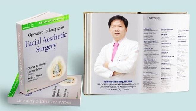 Cuốn sáchOperative Techniques in Facial Aesthetic Surgery về phẫu thuật tạo hình thẩm mỹ vùng mặt.