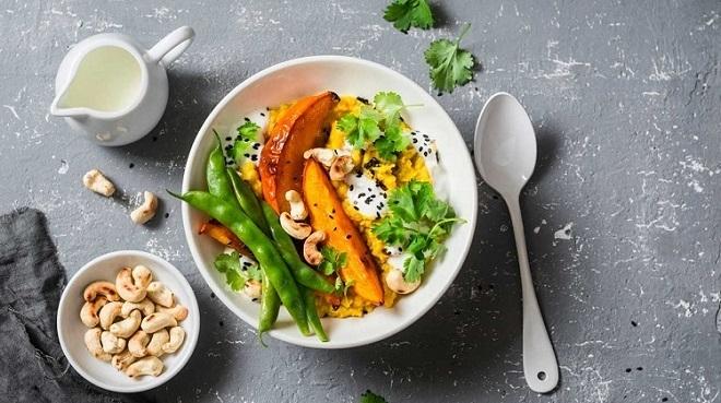 Chế độ ăn kiêng kiểu Ấn Độ tập trung vào các thực phẩm rau củ lành mạnh (Ảnh: Healthline)