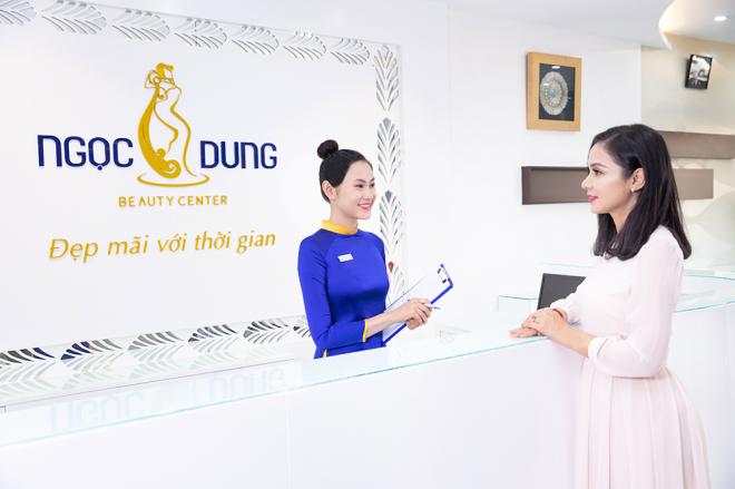 Diễn viên, đạo diễn Việt Trinh là khách hàng thân thiết của Ngọc Dung.