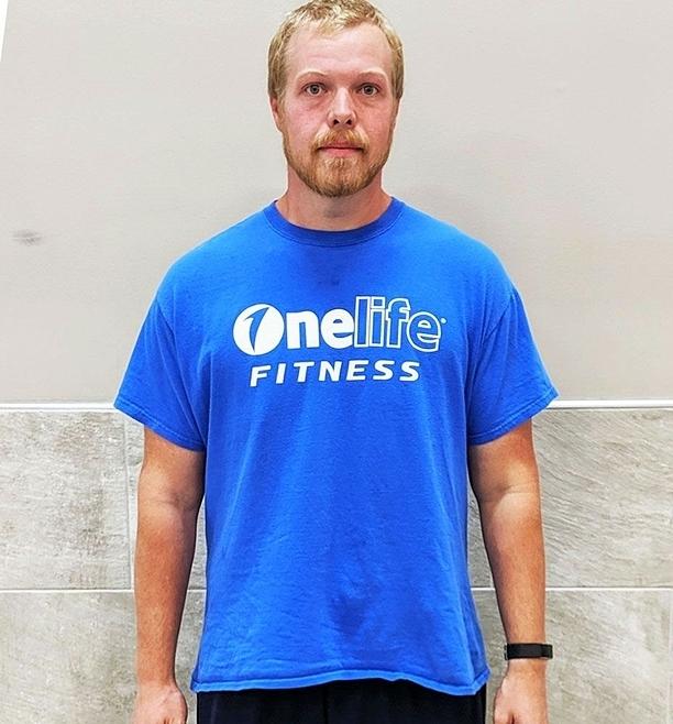 Eric với thân hìnhthon gọn hiện tại sau giảm cân. Ảnh: Mens Health