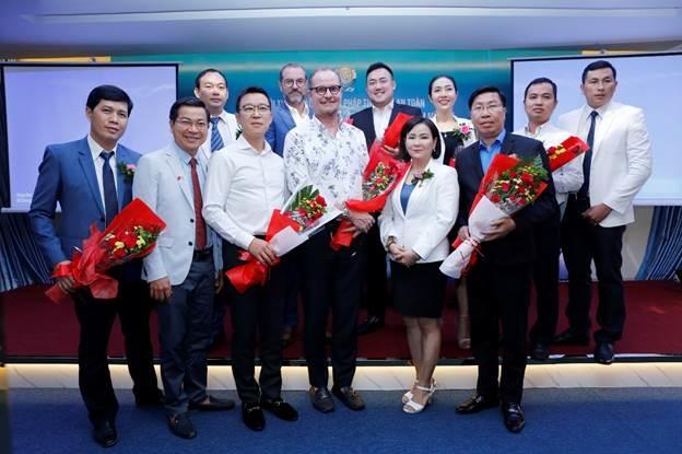 Hội thảo thẩm mỹ quy tụ nhiều bác sĩ, chuyên gia của Việt Nam, Hàn Quốc, Mỹ, Đài Loan...