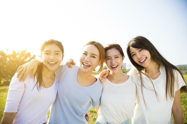 Nha Khoa Kim khuyến mãi đến 20% khi trồng răng implant trong tháng ba này.