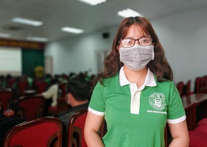 Dương Thu Hương là sinh viên năm cuối, Đại học Y tế Công cộng. Ảnh: Thúy Quỳnh
