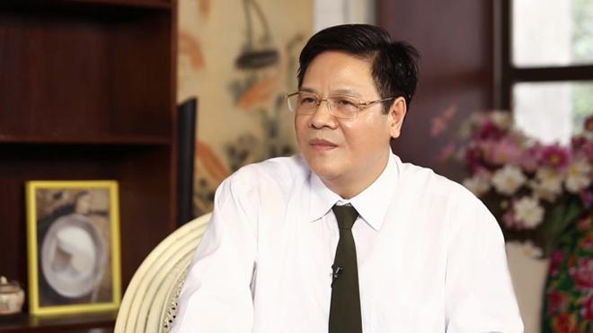 Thạc sĩ, bác sĩ Đỗ Xuân Khoátkhuyên chị em nên bổ sung collagentừ tuổi 25.