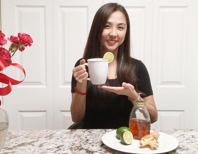 Phương Trang cho biết nước gừng, chanh, mật ong dễ thực hiện, nhanh chóng.