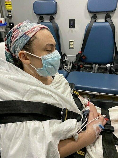 Bệnh nhi Covid-19: 'Mạch máu như bốc lửa'