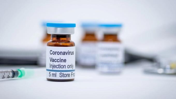Vaccine Covid-19 được kỳ vọng nhất gặp khó
