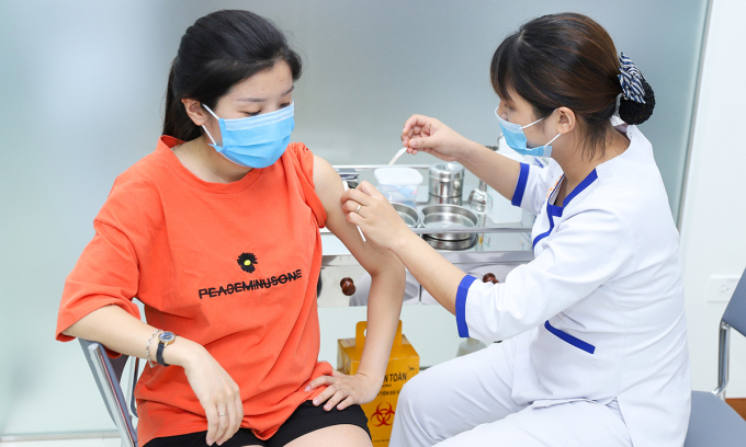 Bệnh bạch hầu chưa được loại trừ ở nước ta, do đó người dân vẫn có thể mắc bệnh nếu chưa tiêm vaccine phòng bệnh. Ảnh: Phong Lan