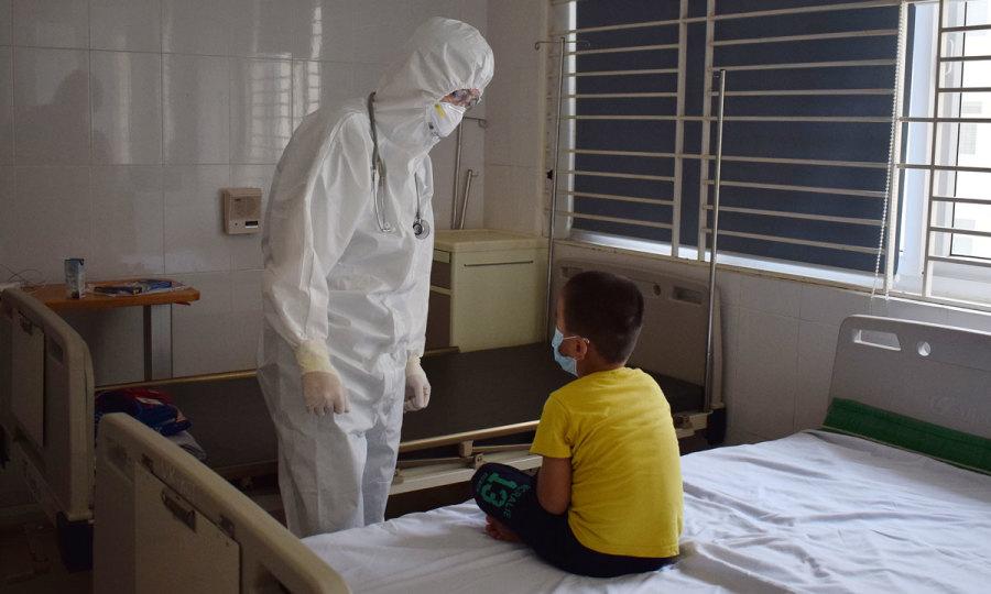 7 bệnh nhân Covid-19 bị viêm phổi