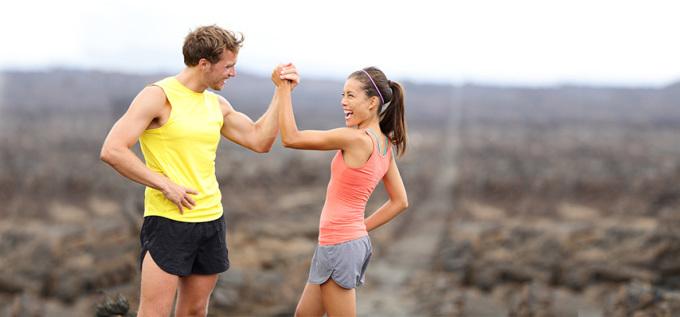 Chạy góp phần cải thiện mối quan hệ với đồng nghiệp. Ảnh: Maridav