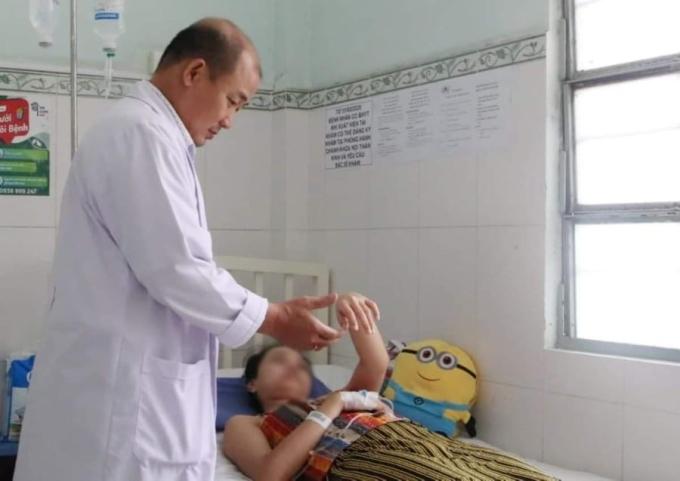 Người đột quỵ có thể hồi phục, trở về cuộc sống bình thường nếu được phát hiện và điều trị kịp thời. Ảnh: Thư Anh