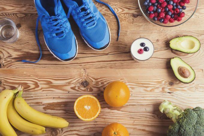 Khoai lang, trứng, chuối, quả mỏng... là những thực phẩm tốt cho người chạy bộ.