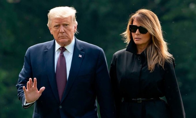 Tổng thống Donald Trump và Đệ nhất Phu nhân Melaine Trump trong buổi tưởng niệm nạn nhân vụ khủng bố 11/9. Ảnh: AFP.
