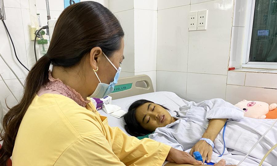 Người ghép gan đầu tiên ở Việt Nam phải ghép lần hai