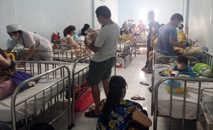 Phòng bệnh 411, nơi điều trị trẻ tay chân miệng nhẹ. Ảnh: Thư Anh.