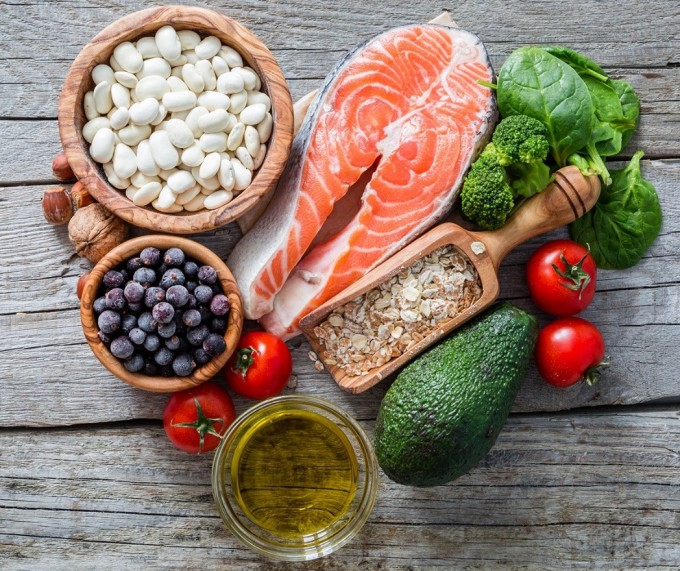 Chất béo có lợi góp phần đẩy lùi tình trạng thừa cholesterol - Ảnh: Healthy Magazine