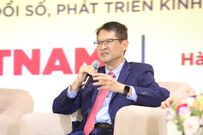 Ông Hùng tại phiên tham luận của Diễn đàn phát triển doanh nghiệp công nghệ số Việt Nam 2020.