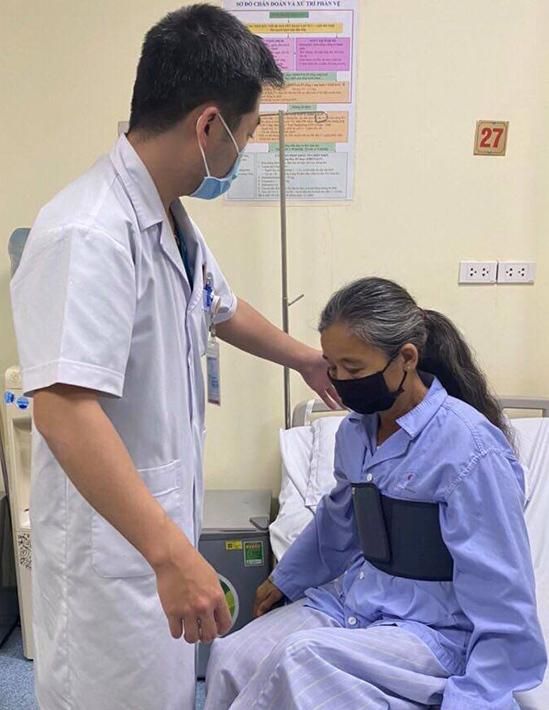 Ngừng tim bệnh nhân để cắt khối u cực hiếm gặp