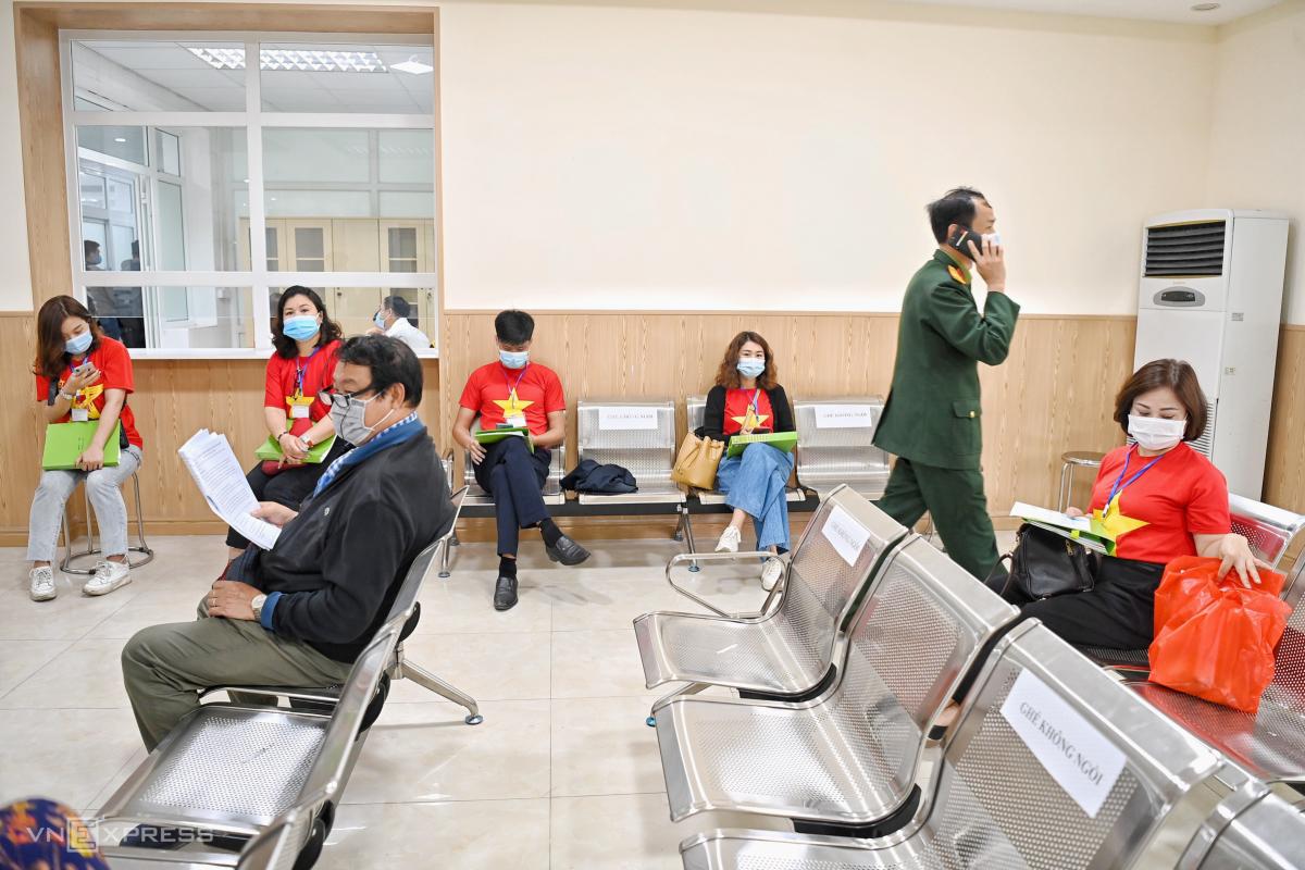 Thử nghiệm vaccine Covid-19 ở Hà Nội, Long An