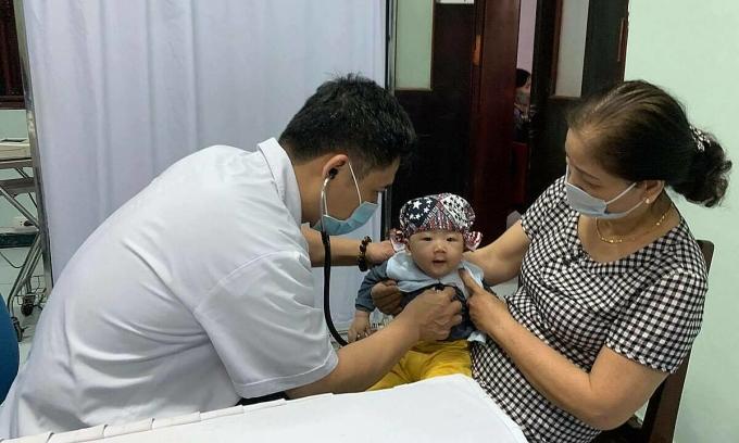 Khám, điều trị tim mạch miễn phí cho trẻ