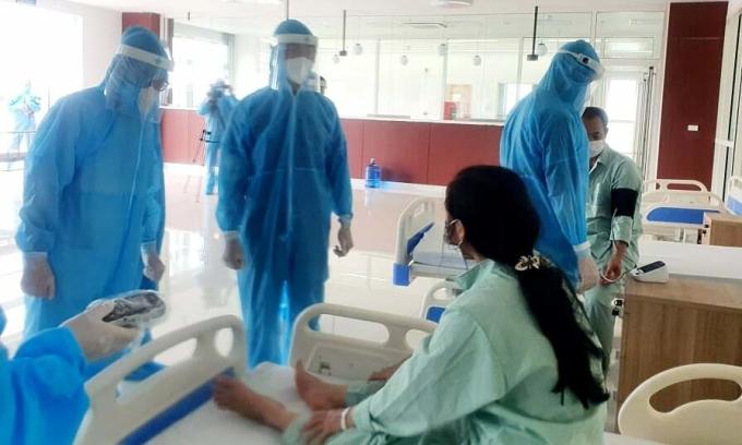 F1 cách ly tại Bệnh viện Bạch Mai cơ sở Hà Nam. Ảnh: Mai Thanh.