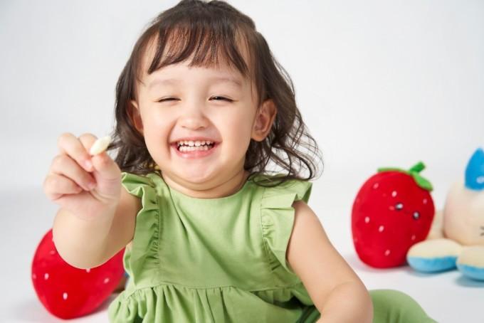Chế độ dinh dưỡng cân đối, không khí bữa ăn vui tươi giúp trẻ hấp thu tốt và khỏe mạnh hơn. Ảnh: Gerber.
