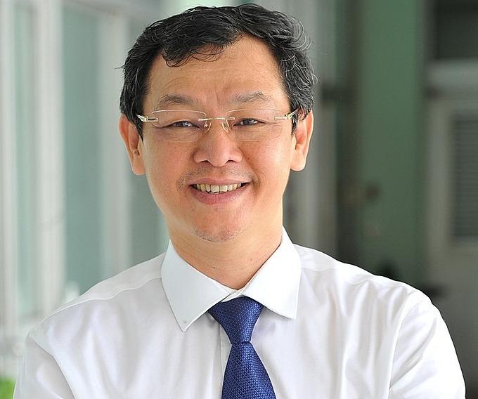 Ông Nguyễn Tri Thức.