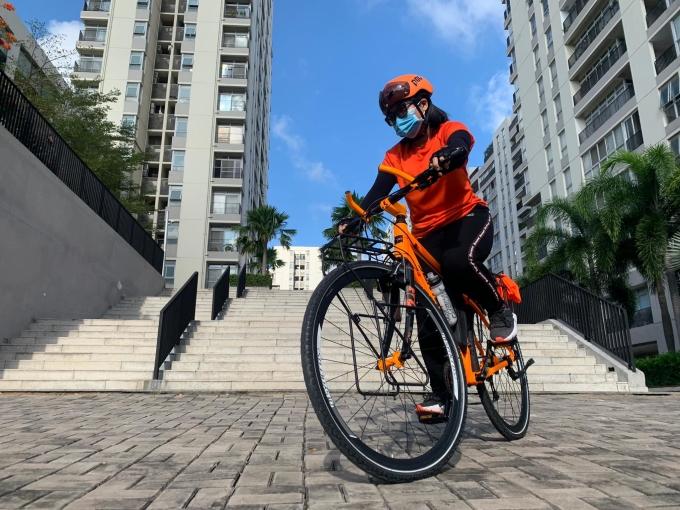 Đạp xe mang lại nhiều lợi ích cho sức khỏe. Ảnh: vòng vòng Sài Gòn