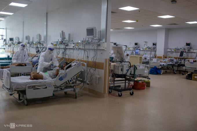 Khu hồi sức tích cực (ICU) Bệnh viện Hồi sức Covid-19 TP HCM. Ảnh: Thành Nguyễn.