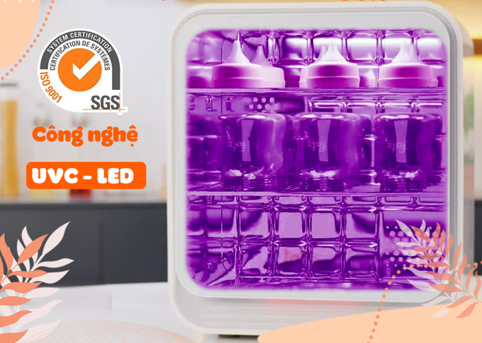 Tiệt trùng bằng tia UV Fatzbaby có thể làm sạch bình sữa nhanh, đạt hiệu quả khử khuẩn tốt.