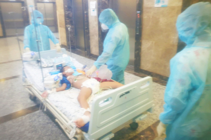Trẻ mắc Covid-19 điều trị tại Bệnh viện Nhi đồng Thành phố. Ảnh: Bệnh viện cung cấp.