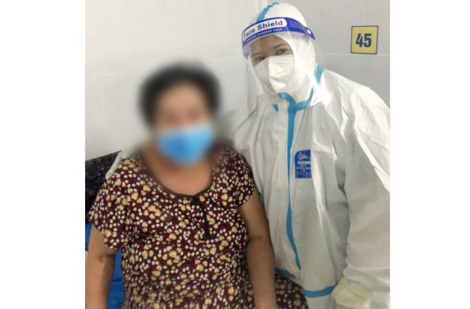 Bệnh nhân nữ 61 tuổi, ngụ Lâm Đồng đã hồi phục sức khoẻ và được xuất viện về nhà. Ảnh: Bệnh viện cung cấp